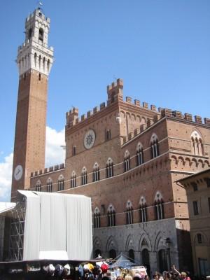 Paardenrenbaan - 8.32 Meeting Toscane 2003