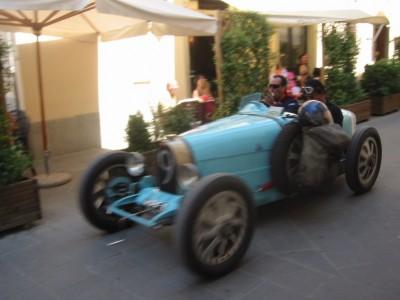 Smal terras - 8.32 Meeting Toscane 2003
